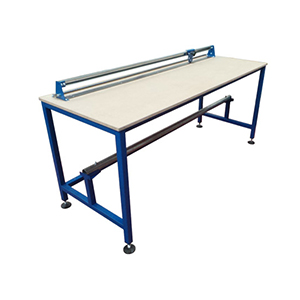 Packing Table with cutter