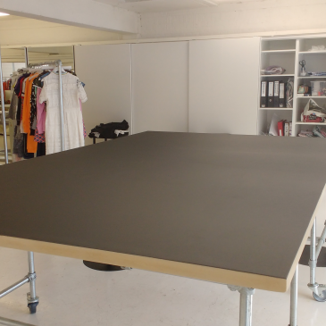 Cutting Table for the fashion industry
