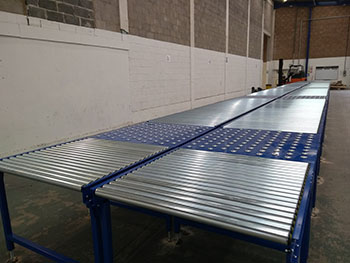 gravity conveyor with ball tables